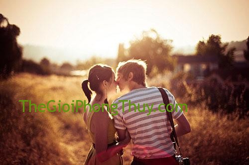 7-meo-chup-anh-tho-mong-cho-couple-voi-lens-flare-0